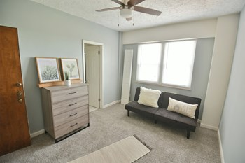 12701 Shaker Boulevard Studio-3 Beds Apartment for Rent Photo Gallery 1