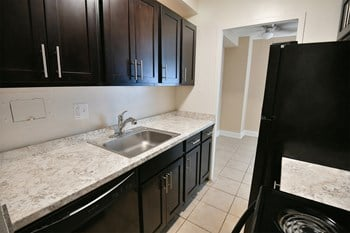 12600 Shaker Boulevard Studio-2 Beds Apartment for Rent Photo Gallery 1