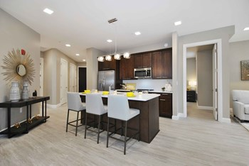1454 N Rochester Road 2 Beds Apartment for Rent Photo Gallery 1