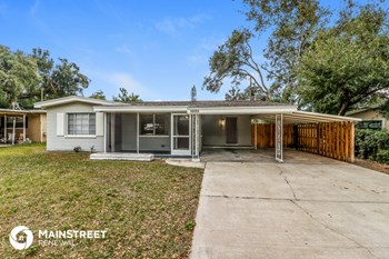 10554 52nd Ave N 3 Beds House for Rent Photo Gallery 1