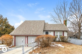 8030 Widmer Rd 3 Beds House for Rent Photo Gallery 1
