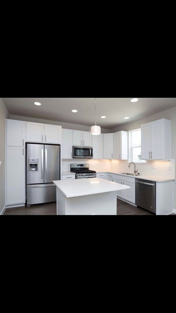 2399 S Tucson St 3 Beds House for Rent Photo Gallery 1