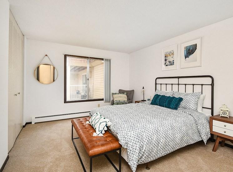 The Pines of Burnsville - Bedroom