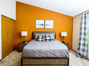 7100 Tamarack Ct 2 Beds Apartment for Rent Photo Gallery 1