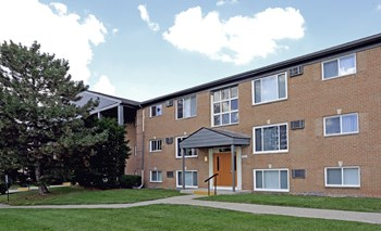 25500 Greenfield Rd. Studio-2 Beds Apartment for Rent Photo Gallery 1