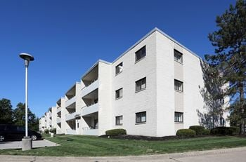 5050 Som Center 1-2 Beds Apartment for Rent Photo Gallery 1