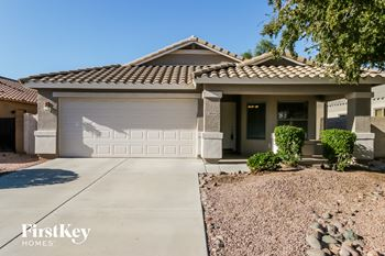 38154 N Rusty Ln 3 Beds House for Rent Photo Gallery 1