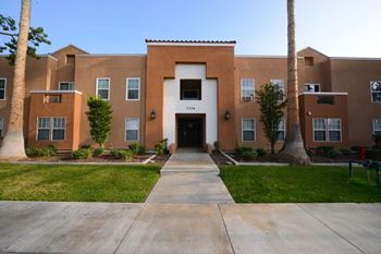 7320-7346 Rosemead Bvld 2 Beds Apartment for Rent Photo Gallery 1