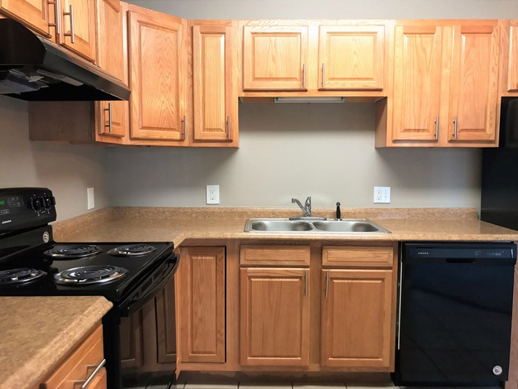 Apartments in New Albany, IN Cabinets