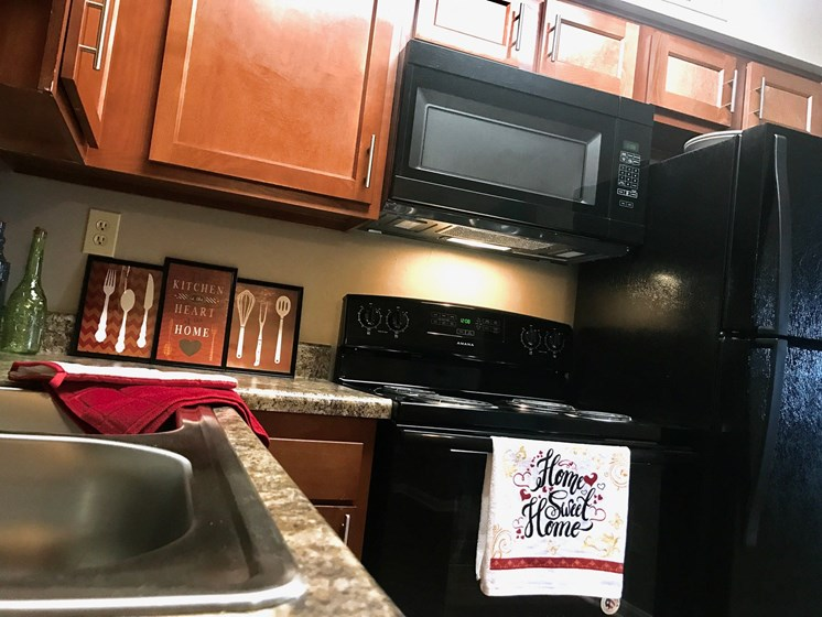 Apartments in New Albany, IN Kitchen
