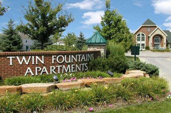 7402 Twin Fountains Blvd. 1-3 Beds Apartment for Rent Photo Gallery 1