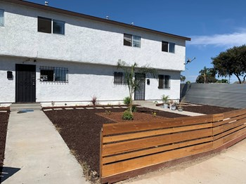 6330 Mayflower Avenue 1-3 Beds Apartment for Rent Photo Gallery 1