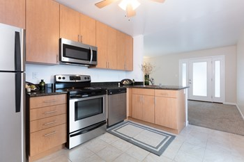4040 Williams Road 1-2 Beds Apartment for Rent Photo Gallery 1