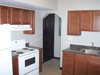 3900 ray 1-3 Beds Apartment for Rent Photo Gallery 1