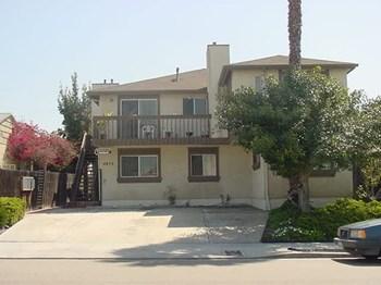 4575 Winona Avenue Studio Apartment for Rent Photo Gallery 1