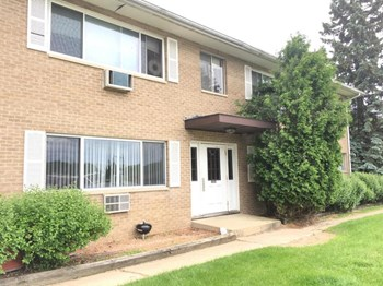 4810 Farwell Street 2 Beds Apartment for Rent Photo Gallery 1