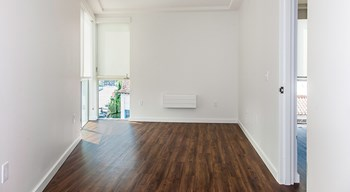 4801 Shattuck Ave Studio-2 Beds Apartment for Rent Photo Gallery 1