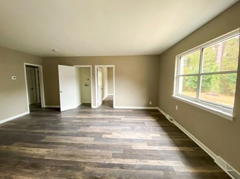 403 East Maynard Ave 2 Beds Duplex/Triplex for Rent Photo Gallery 1