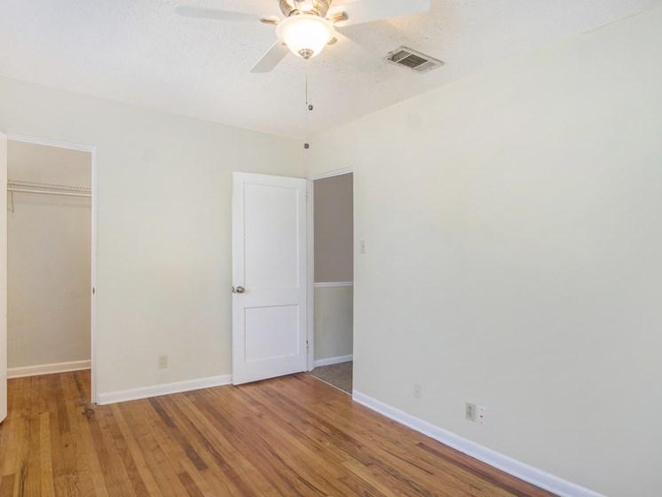 Oaks at Sylacauga bedroom