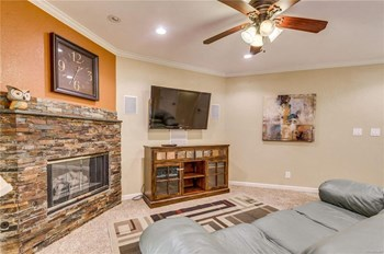 6380 South Boston Street Apt 4-345 1 Bed House for Rent Photo Gallery 1
