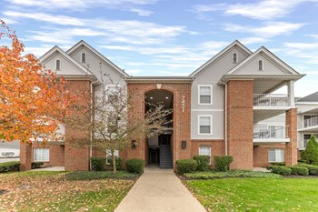 7401 Pondview Place 2-3 Beds Apartment for Rent Photo Gallery 1