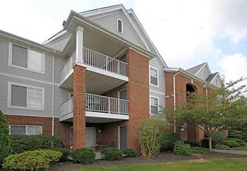 7401 Pondview Place 1-3 Beds Apartment for Rent Photo Gallery 1
