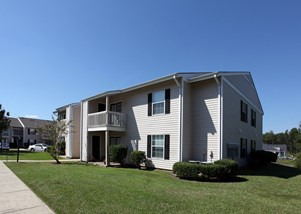Autumn Chase Apartment Homes, 6617 Grelot Rd, Mobile, AL 36695 Apartment Complex