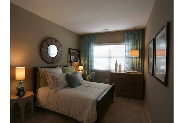 Fenwyck Manor Apartments Chesapeake, VA 23320 corporate suites available