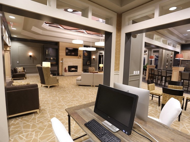 Fenwyck Manor Apartment Homes Chesapeake, Greenbrier VA 23320 business center