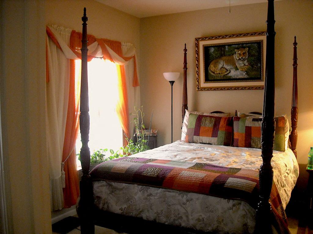 Lumpkin Park Apartments Columbus Muscogee Georgia 31903 spacious bedroom