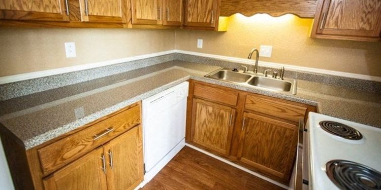 Mountain Woods Apartments Kitchen in Homewood, Birmingham, AL  35209