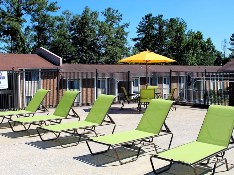 Mountain Woods Apartment Homes Homewood Birmingham, AL 35209 brand new pool furniture