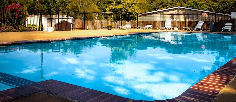 Shadowood Apartments Oxford, AL Anniston, AL 36207 Sparkling Pool With  Aquadeck Furniture