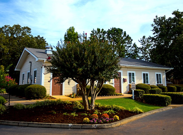 Shadowood Apartments Oxford, AL Anniston, AL 36207 Leasing Office