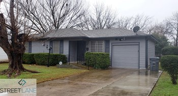 4815 BARLETTT AVE 3 Beds House for Rent Photo Gallery 1