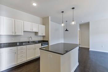 351 Bighorn St 1-3 Beds Apartment for Rent Photo Gallery 1