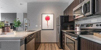 15021 SW Millikan Way 1 Bed Apartment for Rent Photo Gallery 1