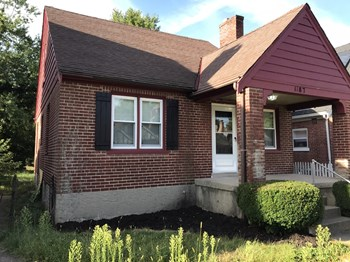 1187 East Way 2 Beds House for Rent Photo Gallery 1