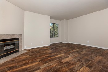 2777 Northtowne Lane 1-2 Beds Apartment for Rent Photo Gallery 1