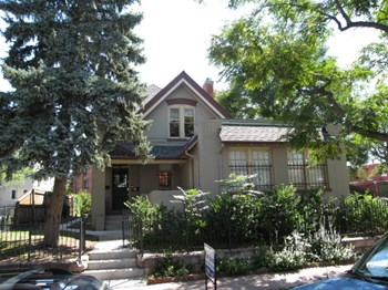 1720 N Pearl St 1-2 Beds House for Rent Photo Gallery 1