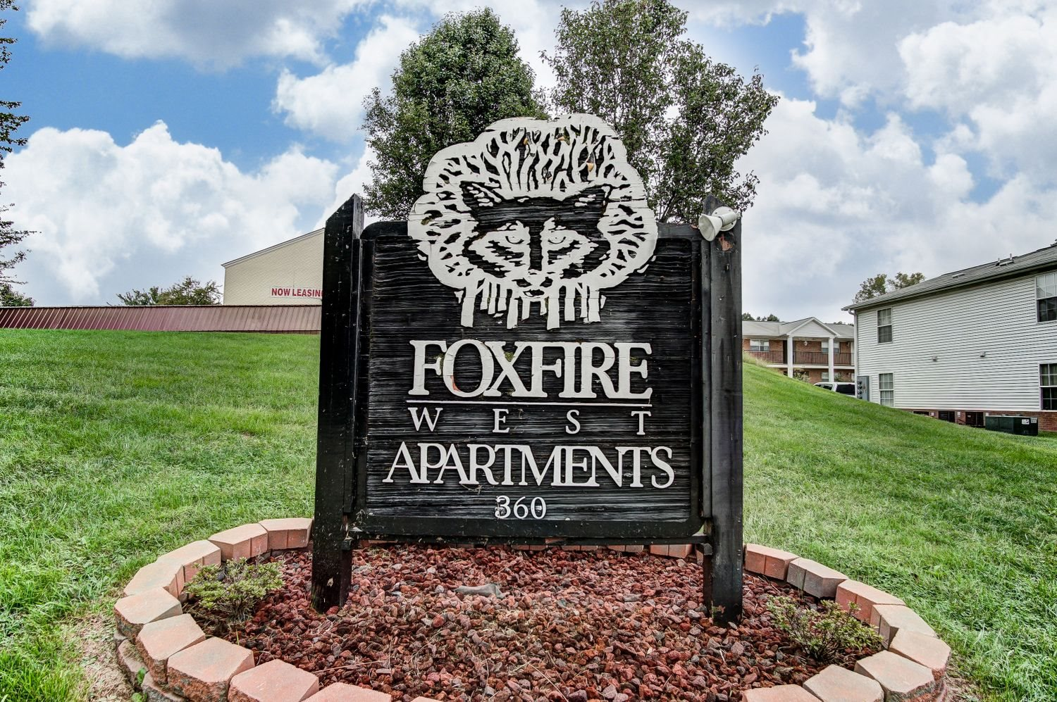 Welcome to Foxfire West Apartments