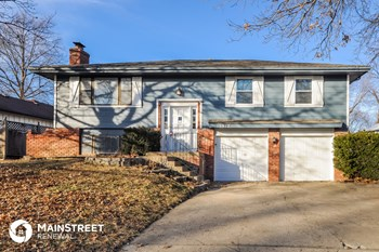 15912 W 153rd St 4 Beds House for Rent Photo Gallery 1