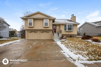 708 E 15Th St 4 Beds House for Rent Photo Gallery 1