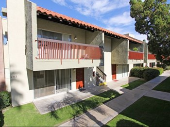 2300 East Tahquitz Canyon Way Studio-2 Beds Apartment for Rent Photo Gallery 1