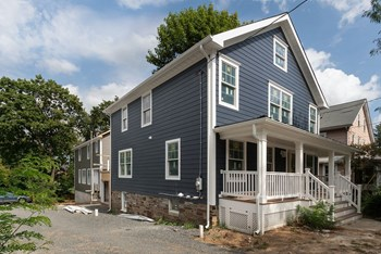 92 Spruce Street 3 Beds House for Rent Photo Gallery 1