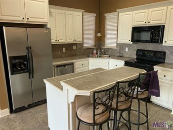 3001 Northbank Drive 3 Beds House for Rent Photo Gallery 1