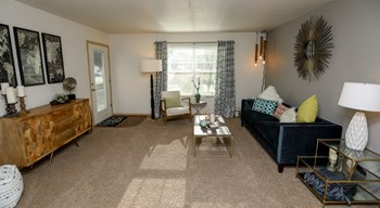721 Throne Dr 1-3 Beds Apartment for Rent Photo Gallery 1