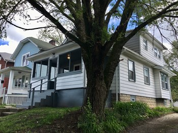 330 S Ogden Ave 2 Beds House for Rent Photo Gallery 1