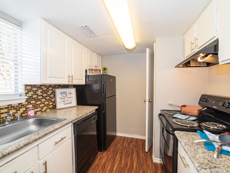 Chef-Inspired Kitchens Feature Stainless Steel Appliances at The Alara, Houston, TX