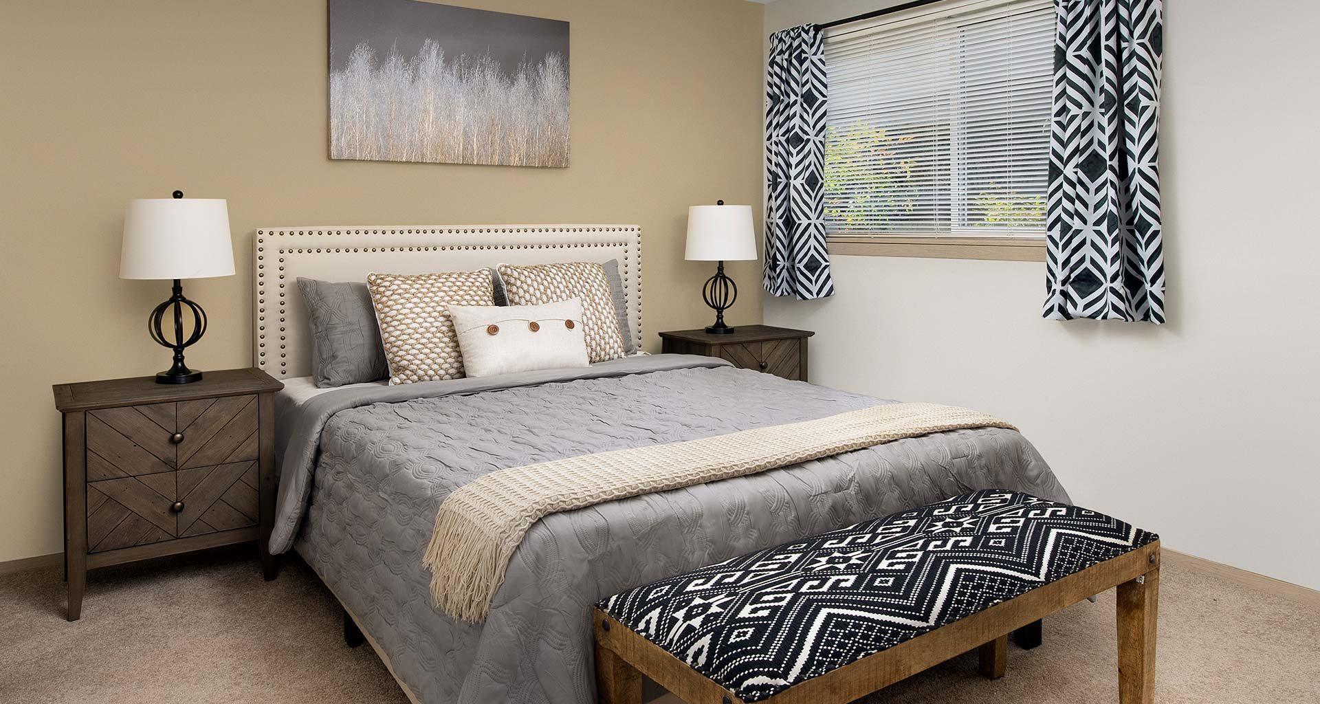 Rivergreens Apartments - Bedroom